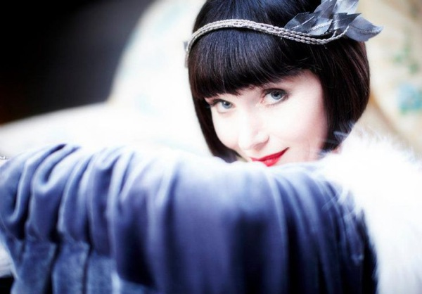 Essie-Davis-as-Phryne-Fisher-1
