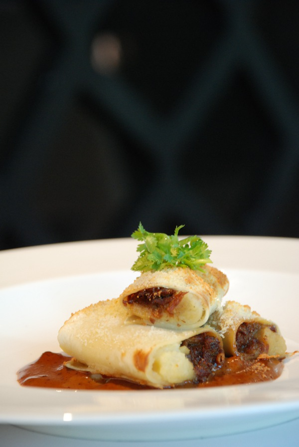 baked creamy tau yew bah soy sauce pork ragout cannelloni-03