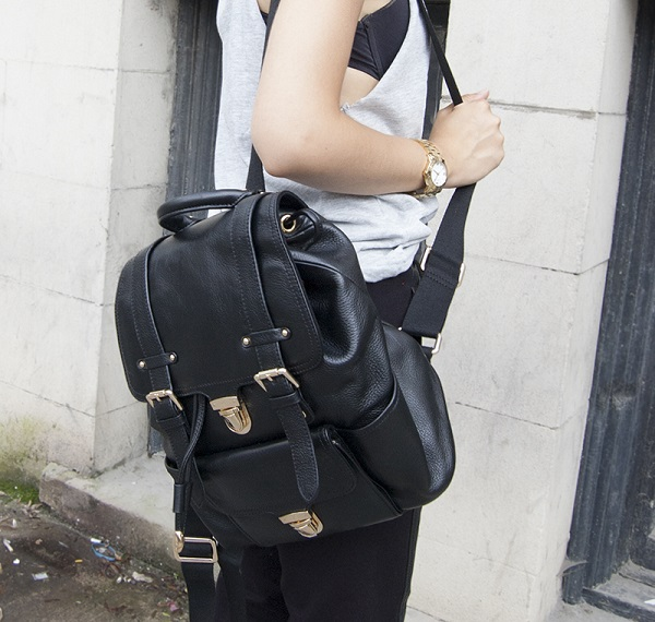 danier-leather-backpack