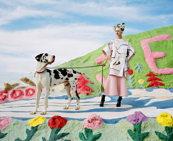 fashion-editorial-salvation-mountain-designboom-11
